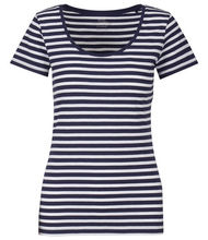 5de5323c991a9c Trendige Shirts in vielen Farben bequem online finden